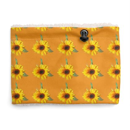 Sherpa Snood Neck with Sunflower Pattern in Yellow