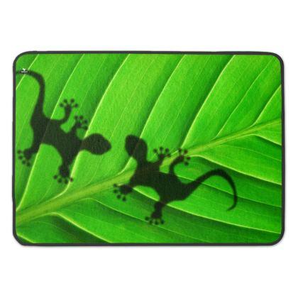 Amazonian Lizard encounter Premium Bath Mat