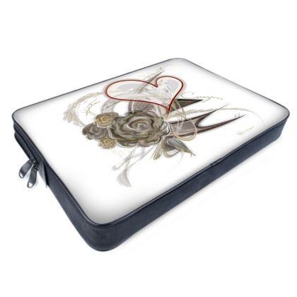 Laptop Bags - Datorväska - Brown heart white