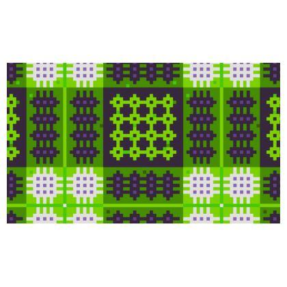 Green Welsh Tapestry Christmas Stocking - Hosan 'Dolig Brethyn Cymreig mewn gwyrdd