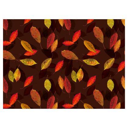 Leuchtender Herbst / Umhängetasche mit Kette