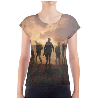 womans slim-fit t-shirt,Soldiers in a field of poppies.