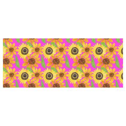 Naive Sunflowers On Fuchsia Hard Glasses Case