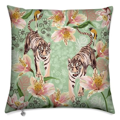 Luxury Cushion with Gorgeous Bengal Tiger Design