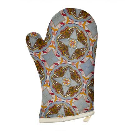 Emperor Moths Design Oven Glove