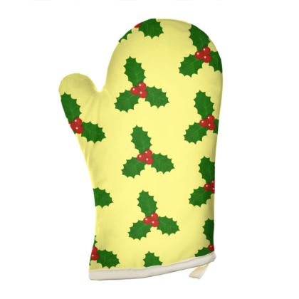 Holly Leaf Pattern Oven Glove