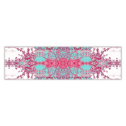 Elegant Damask Table Runner