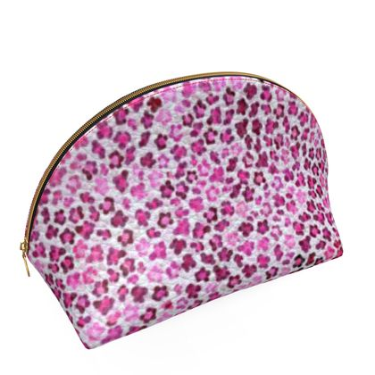 Leopard Skin in Magenta Collection Shell Coin Purse
