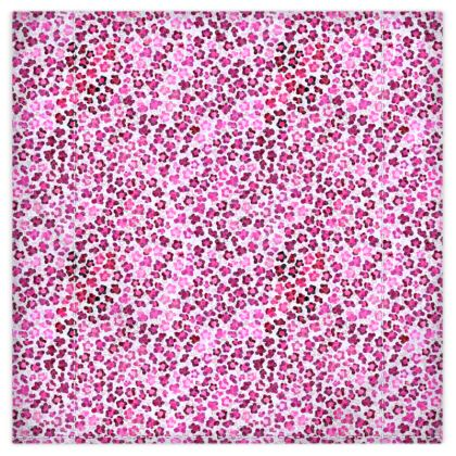 Leopard Skin in Magenta Collection Duvet Covers