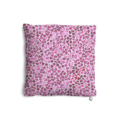 Leopard Skin in Magenta Collection Pillows Set