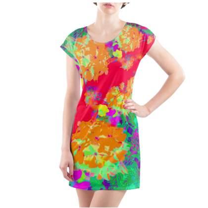 Hydrangea Harmony T-Shirt Dress - UK Size 14/16 (L)