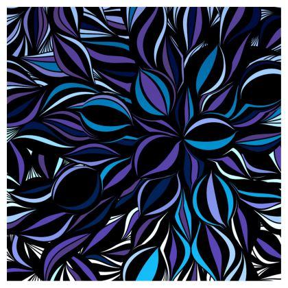 Cappellino con disegno artistico