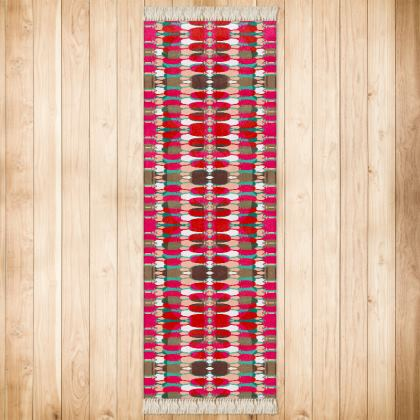 Red Teasel Geo Runner