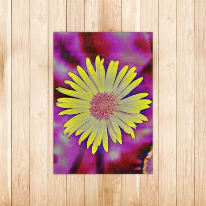 FLORAL PRINTED RUG IN YELLOW DAISY