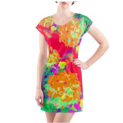 Hydrangea Harmony T-Shirt Dress - UK Size 22/24 (2XL)