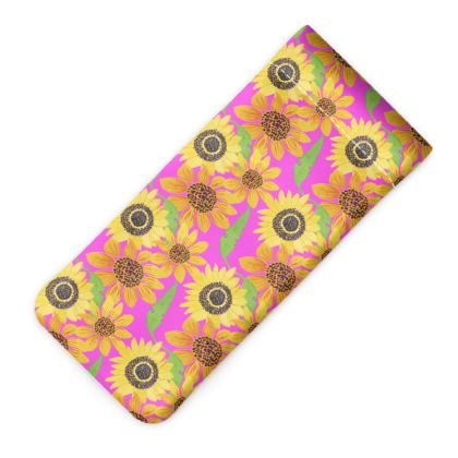Naive Sunflowers On Fuchsia Glasses Case Pouch