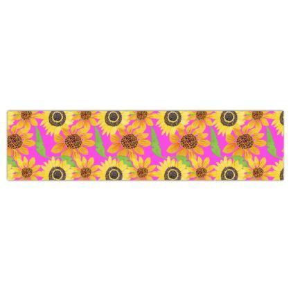 Naive Sunflowers On Fuchsia Dog Lead