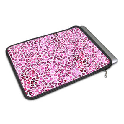 Leopard Skin in Magenta Collection MacBook Air Cover