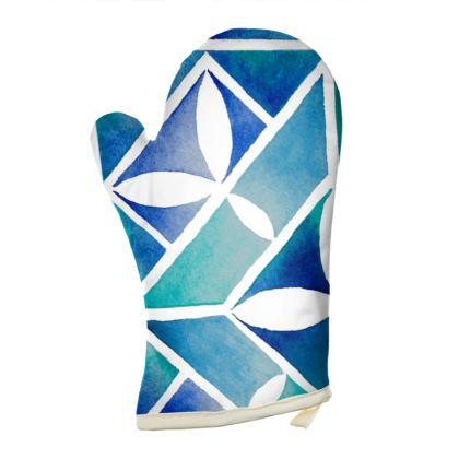 Blue tile oven glove
