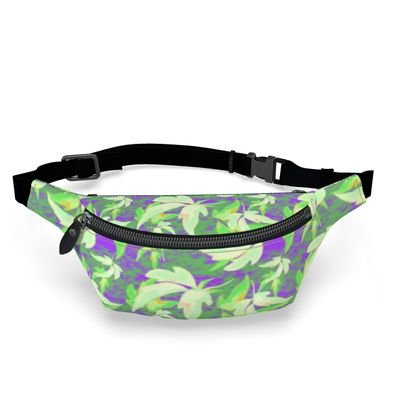 Fanny Pack Leaves in Flight  Blueberries and Cream
