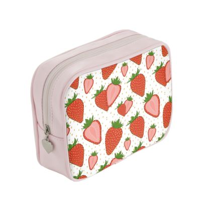 Sweet Strawberries - Make Up Bag