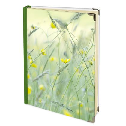 2022 Deluxe Diary in Buttercup Meadow Flower Design