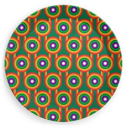 Green rainbow pattern plate