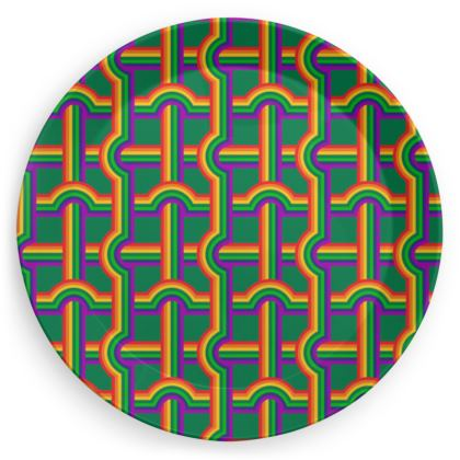 Green rainbow grid pattern plate