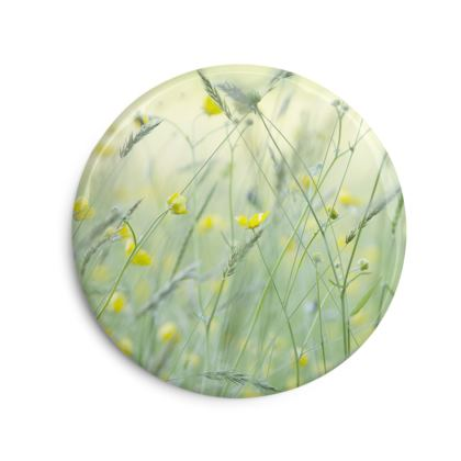 A set of Photo Fridge Magnets in Buttercup Meadow Flower Design.