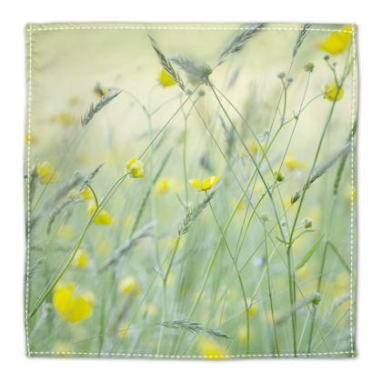 Napkins in Buttercup Meadow Flower Design