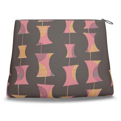 Clutch bag in Abacus geometric pattern