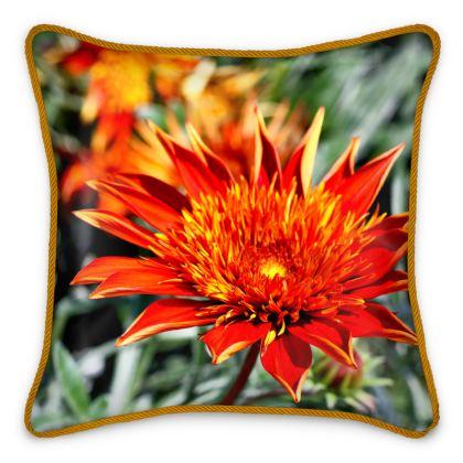 100% Silk Cushion Treasure Flower