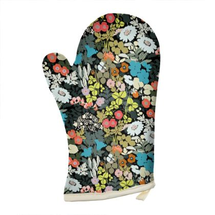 Old School Floral Oven Glove