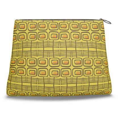 Penny Weave Clutch Bag