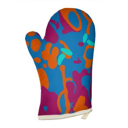 Right Hand Oven Glove - Hint of Hydrangea