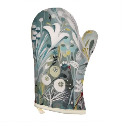 Oven Glove in Natalie Rymer Winter Grey design