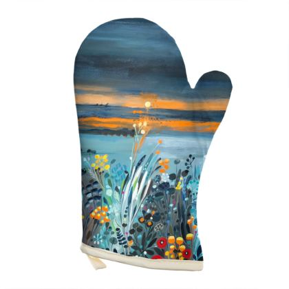 Oven Glove in Natalie Rymer Setting Sun design