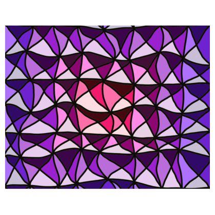 Kimono in pink and purple geometric