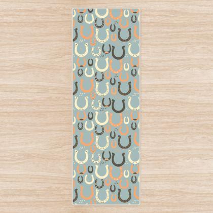 Lucky Horseshoes Yoga Mat (Harbor Mist Grey)