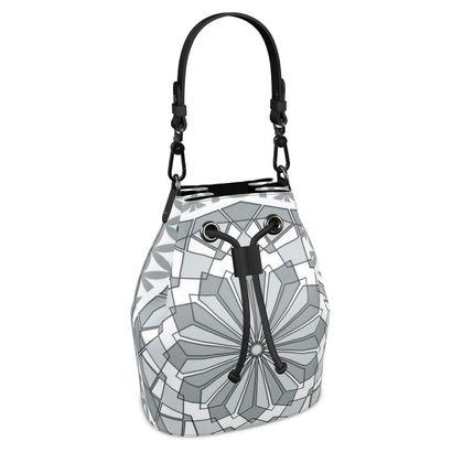Bucket Bag 17