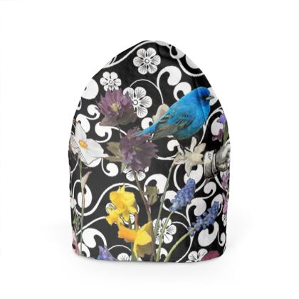 Birds and Bees in the Nature Garden Beanie