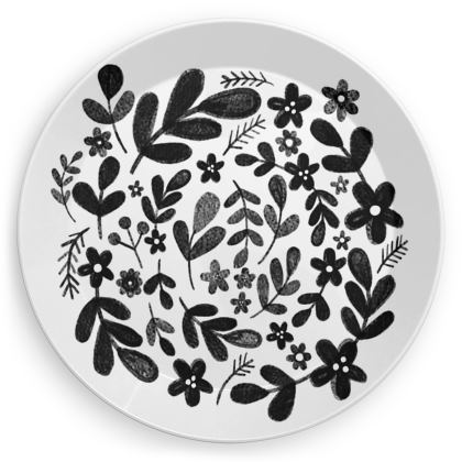 Leaves and flowers plastic party plate