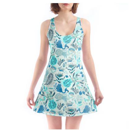 Robe de plage tropical bleu