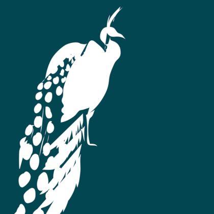 KUJAKU Cushion (Reversible Ocean or White)