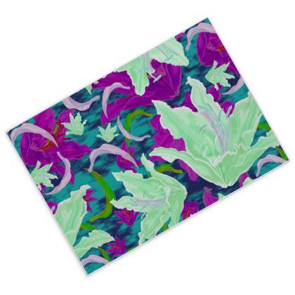 Postcards [16 pack] Mauve, Green, Floral  Lily Garden  Viola