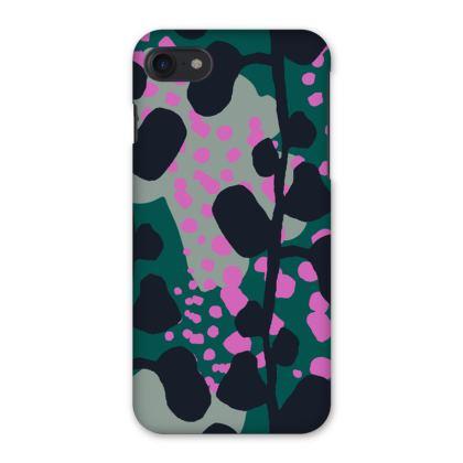 Mountain Fauna Print iPhone 7 Case