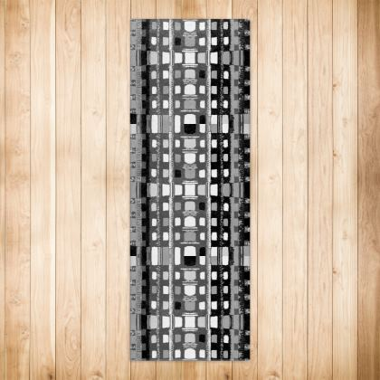Mono Lattice Pattern Runner Rugs