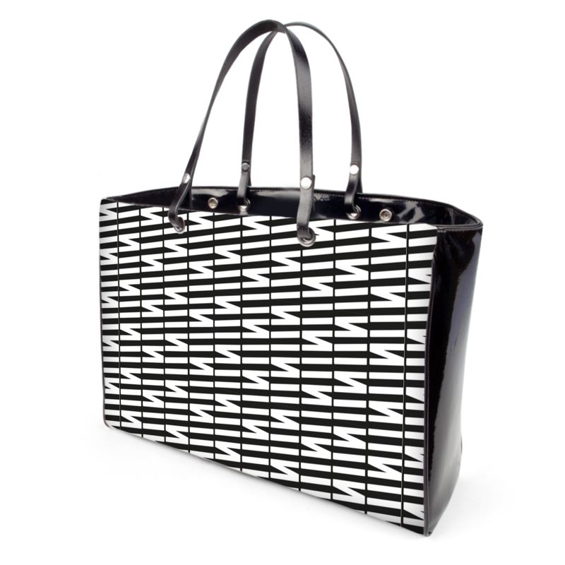 Zig My Zag Handbags In Black And White