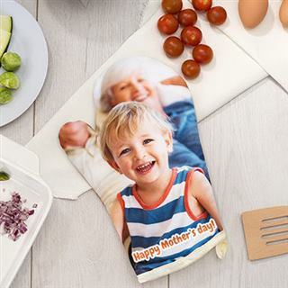 Photo printed oven gloves