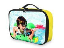 gelbe Foto Kühltasche bedrucken mit Foto eines Kindes im Pool